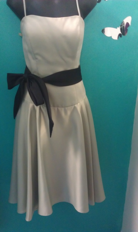6dc67338133  MORI LEE  BY MADELINE GARDNER BRIDESMAID DRESS SIZE 14 WORN ONCE  150.00