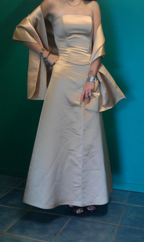 9ed1c80dd16  PURPLE PATCH  SIZE 8 GOLD FORMAL GOWN WITH SHAWL  75.00. Picture.  MR K  sheer  strap satin band dress - Jade. Dress Worn once as Bridesmaid Dress Size 20  ...